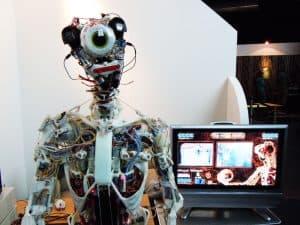 هل تدخل الروبوتات ميدان زراعة الأعضاء والنُسج البشرية؟