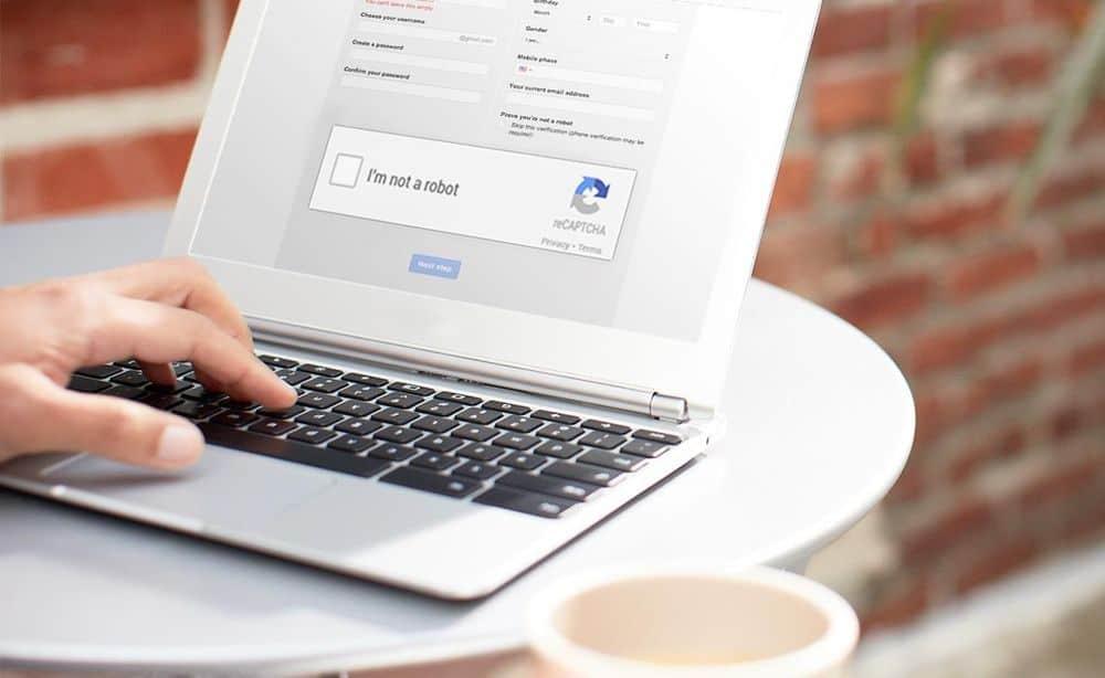 غوغل تهدف لجعل الإنترنت مكاناً أسعد