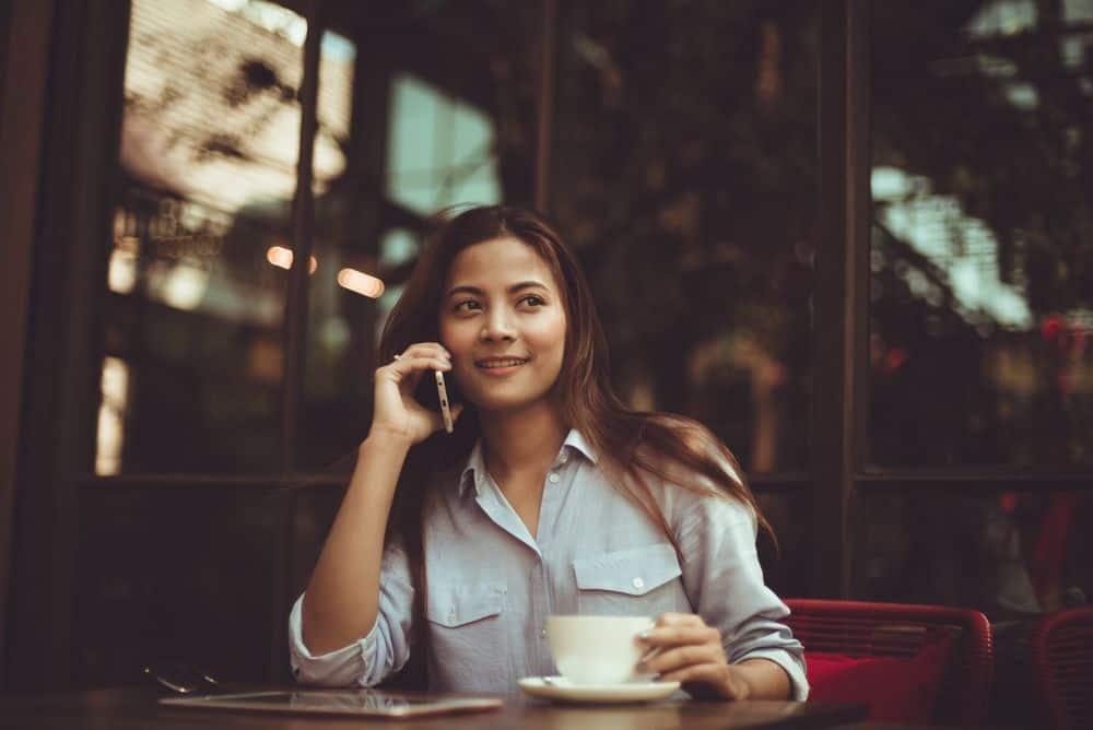 هل يُسبب الهاتف المحمول الإصابة بالسرطان؟