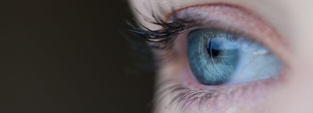 بحث جديد على العيون قد يؤدي إلى علاج إعياء الطيران