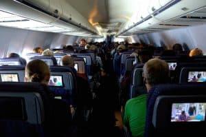 هل يمكن للرحلات الجوية الطويلة أن تكون مُضرة بصحتك؟