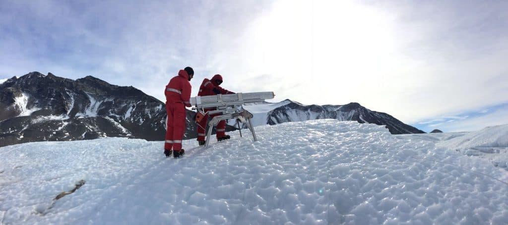 هذه الروبوتات الحارة ستساعدنا في العثور على الحياة المحتملة على الأقمار الجليدية