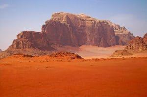 يمكن لتعلم كيفية الزراعة على المريخ أن ينقذ الزراعة على الأرض