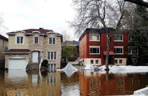 فيضانات غير مسبوقة تدمّر كندا