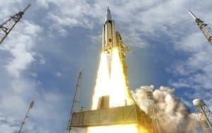 ناسا تقرر عدم إرسال رواد فضاء على متن أول رحلة لصاروخها الجديد الذي تأخر إطلاقه كثيراً