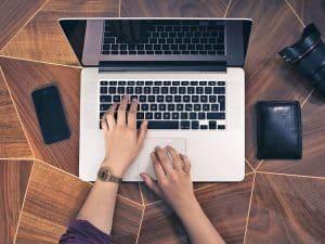 مجموعات برمجية مخصصة للعمل المكتبي على الإنترنت لتنجز عملك في أي مكان