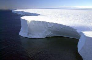 درجات الحرارة القياسية المسجلة في القارة القطبية الجنوبية تنذر بالخطر