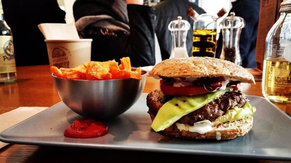 هل سيُستخدم رذاذ الإنسولين في المستقبل من أجل كبح الشهية للطعام؟