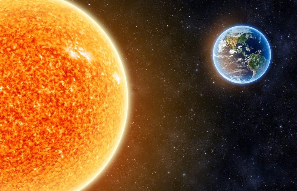 هل نشعر بحر الصيف لأن الأرض تقترب من الشمس؟