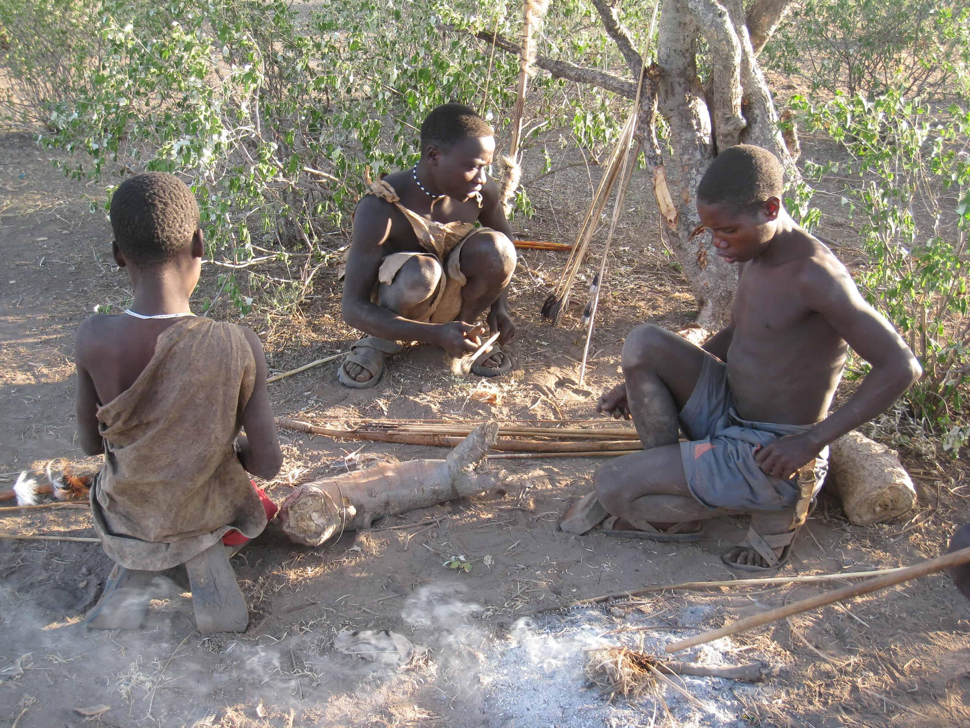 ميكروبات الأمعاء عند القبائل البدائية تكشف عن مشكلة في نظامنا الغذائي