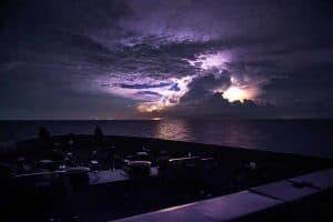 التلوث الناجم عن البشر قد يؤدي إلى العواصف الرعدية