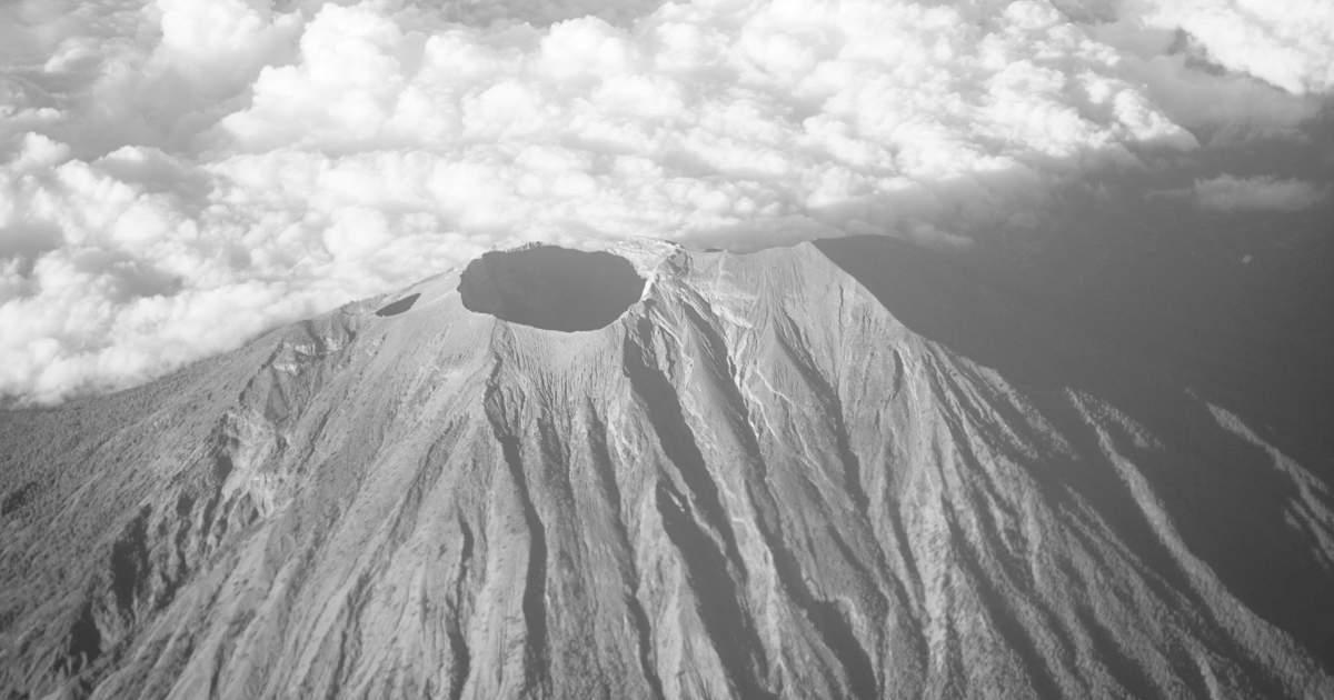 لماذا يصعب التنبؤ بالانفجارات البركانية؟
