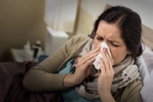 تقرير شامل حول كيفية تدمير الإنفلونزا للجسم