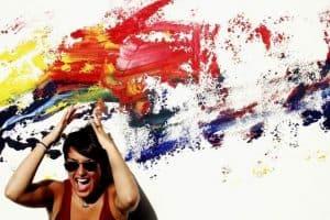 بعض أدمغة البشر تجعلهم يسمعون الألوان ويتذوقون الأصوات، وعلم الوراثة قد يفسر ذلك.