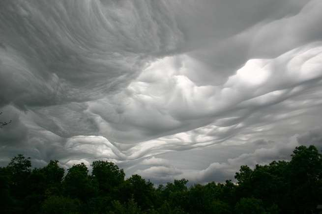 نوع جديد غير مكتشف من الغيوم، ويمكنك أن تجده بنفسك