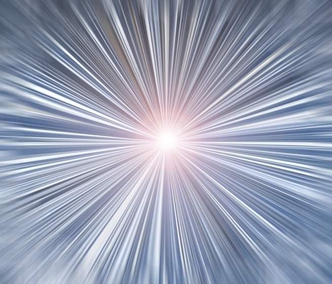 نظرية الانفجار العظيم اكتسبت اسمها من الرجل الذي اعتقد بأنها محض هراء