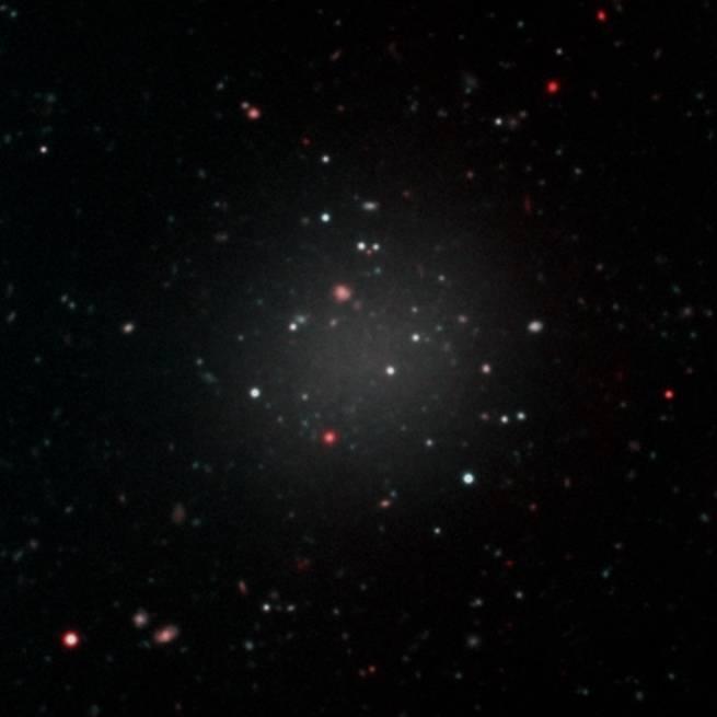 لماذا يصعب نفي وجود المادة المظلمة بسبب وجود مجرة بدون مادة مظلمة