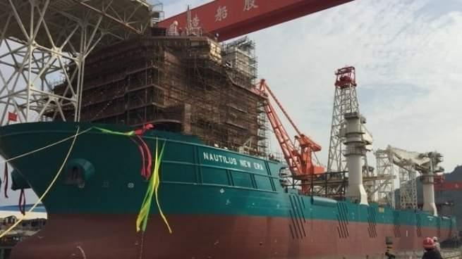 سفينة قادرة على تعدين 39,000 طن من المواد الخام على عمق أكثر من كيلومتر في البحر