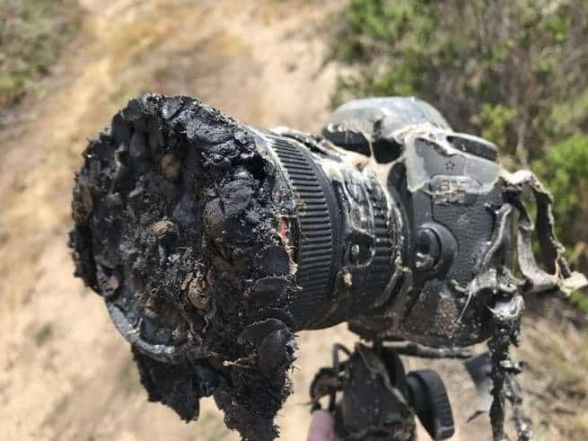شاهد هذه الكاميرا التي تلتقط صورة لنفسها وهي تلقى حتفها الملتهب في أعقاب إطلاق أحد الصواريخ