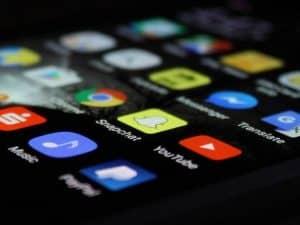 كيف تستخدم هاتفك الذكي من دون أن تترك أي أثر