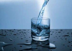 الإنسان استهلك الماء أقل من كافة أقربائه من الرئيسيات