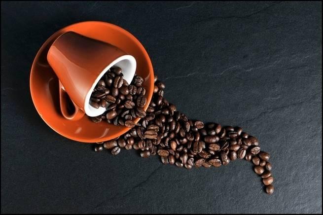 دراسة ضخمة أخرى تؤكد بأن عادة شرب القهوة قد تكون مفيدة