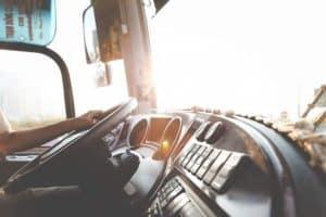 كيف تستثمر وقود سيارتك إلى أقصى حد ممكن؟