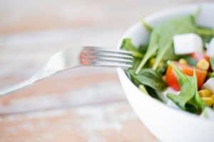 بكتيريا تسبب التسمم الغذائي، لكنها أيضاً تمنح الجسم العناصر الغذائية الأساسية