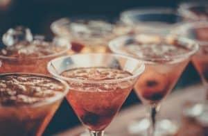 هل يؤثر الكحول على الذاكرة؟ دعوى قضائية دفعتنا إلى بحث هذا الأمر