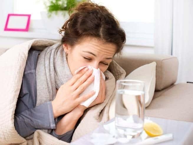 مع اقتراب الشتاء، تعرف على الفرق بين الزكام والأنفلونزا