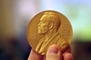 هذه هي الأدوات التي ساعدت العلماء على الفوز بجائزة نوبل