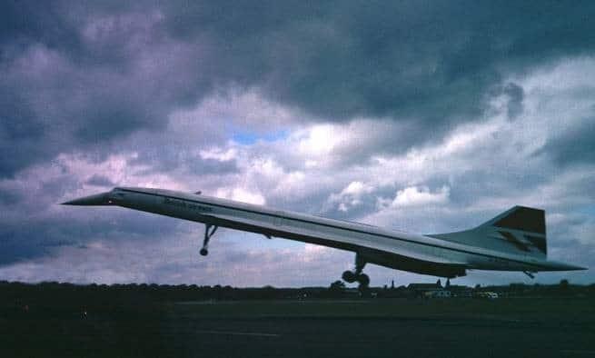 تعرف على أسرار الصعود والسقوط السريع للطائرة فوق الصوتية