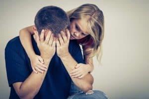 مشاركة مشاعرك السلبية مع أطفالك أفضل من إخفائها