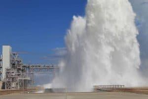 شاهد: ناسا تقذف 450,000 جالون من المياه في أقل من دقيقة