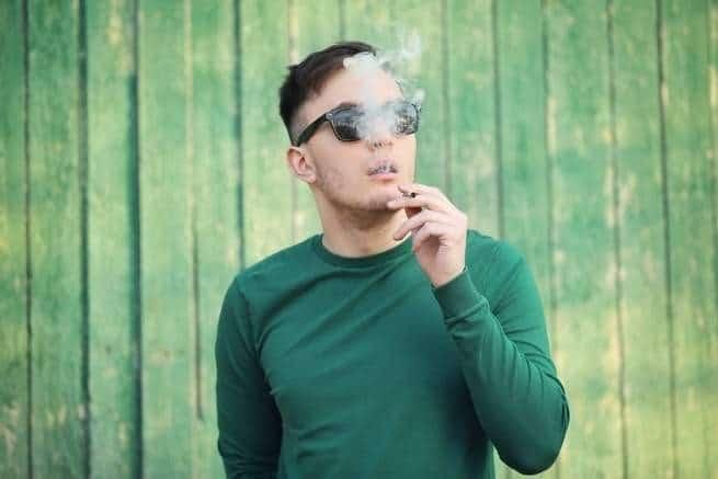 ما زلنا نجهل تأثيرات تدخين الماريجوانا على الرئتين