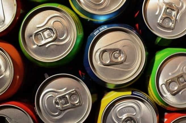 ما مدى خطورة تناول مشروبات الطاقة؟