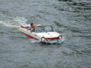 ربما تعود السيارات البرمائية من جديد!