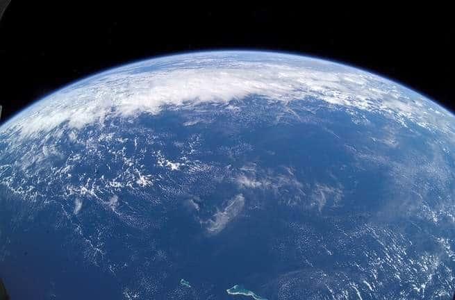 ما زال أصل المياه على الأرض لغزاً كبيراً، ولكننا حصلنا غالباً على قطعة إضافية من الأحجية
