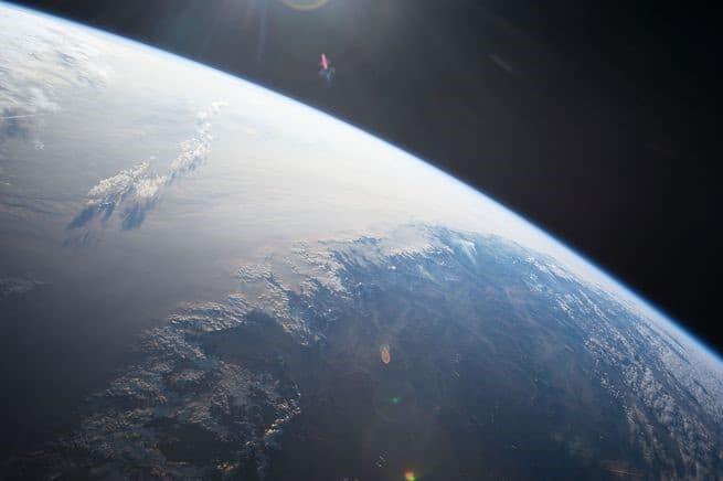 10 أساليب تبرهن بها لنفسك أن الأرض ليست مسطحة