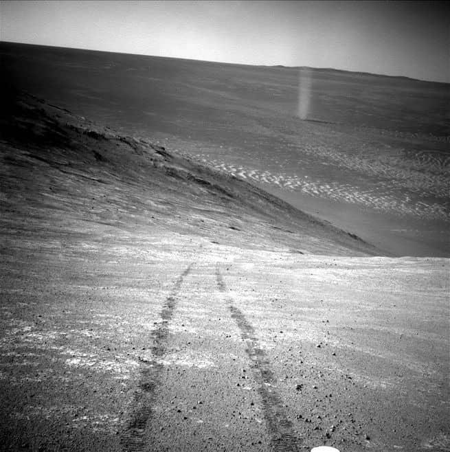 فلترقدي بسلام يا أوبرتينيتي: رثاءٌ إلى مركبة المريخ المحبوبة