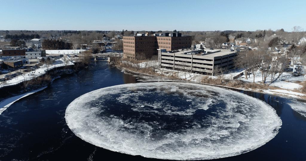 ميجابيكسلز: انظروا إلى هذا القرص الجليدي العملاق الدوار