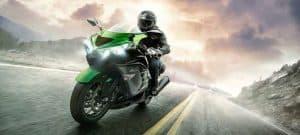 قيادة هذه الدراجات النارية أسهل مما يوحي به مظهرها الشرس
