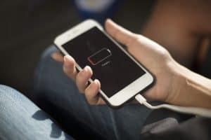 7 نصائح لزيادة عمر بطارية هاتفك الذكي