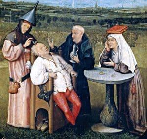 7 من أغرب طرق العلاج الشعبي المعتمدة قديماً