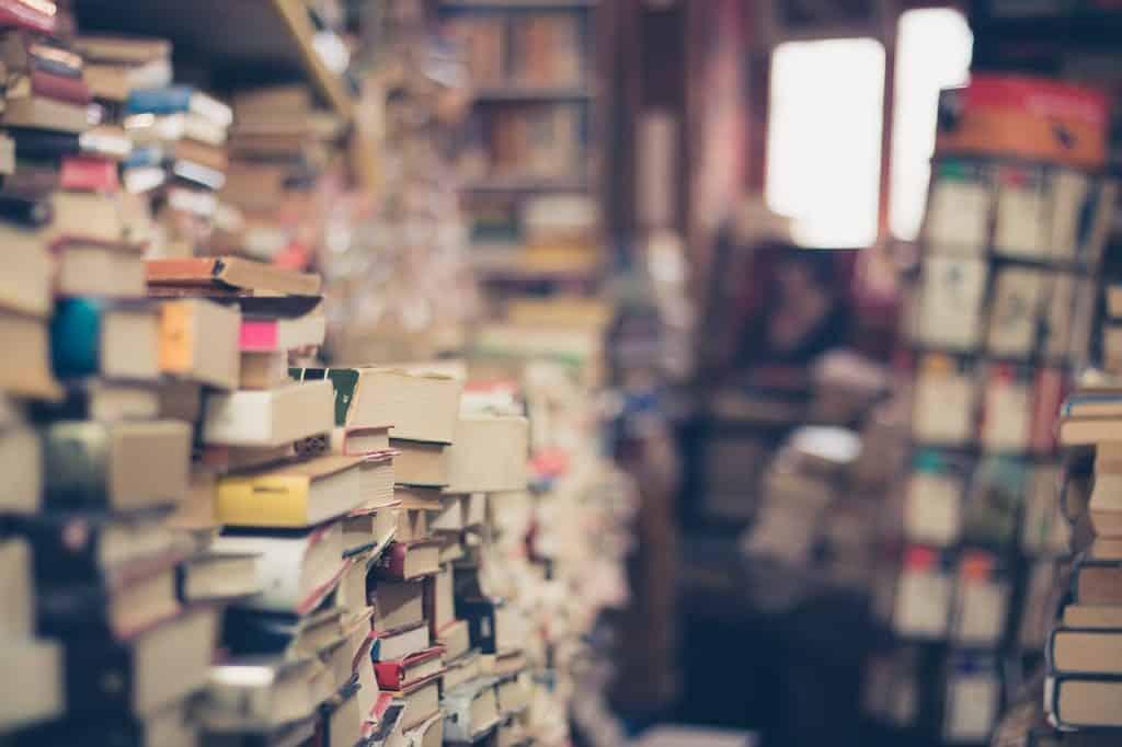 لماذا نحب رائحة الكتب القديمة؟
