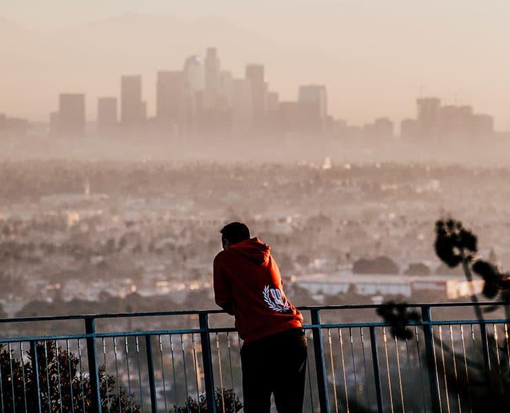 هل هناك علاقة بين تلوث الهواء وزيادة خطر الإصابة بالاكتئاب؟