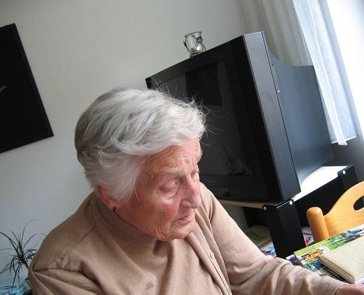 كيف يمكن للتقنية مساعدة مرضى ألزهايمر؟
