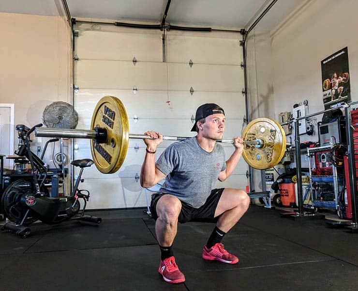 في صالة الرياضة: الحماس الزائد ربما يؤدي إلى انحلال العضلات