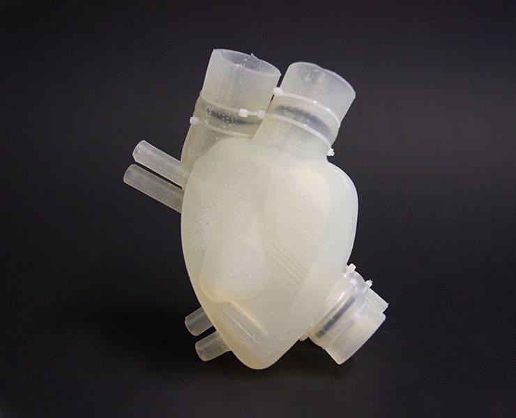 القلب الصناعي: تاريخ طويل من البحث عن قلب دائم