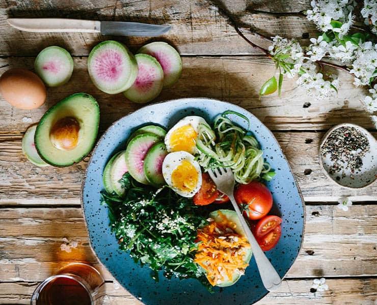 هل تستعد للبدء باتباع حمية غذائية؟ إليك أفضلها حسب الخبراء